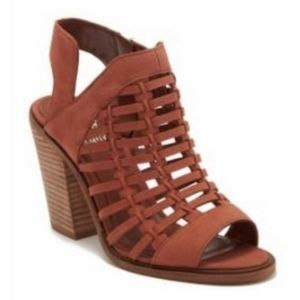 NWOB Vince Camuto Kessey Woven Leather Sandals